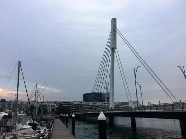keppel bay bridge from harbour